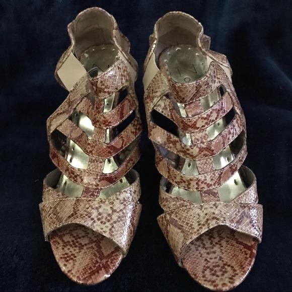 zoey Shoes - Ladies Open Teal Heel Size 7